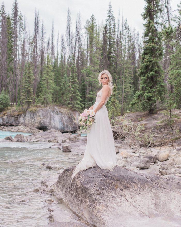 25 Emerald Lake Canadiian Rocky Mountain Styled Shoot