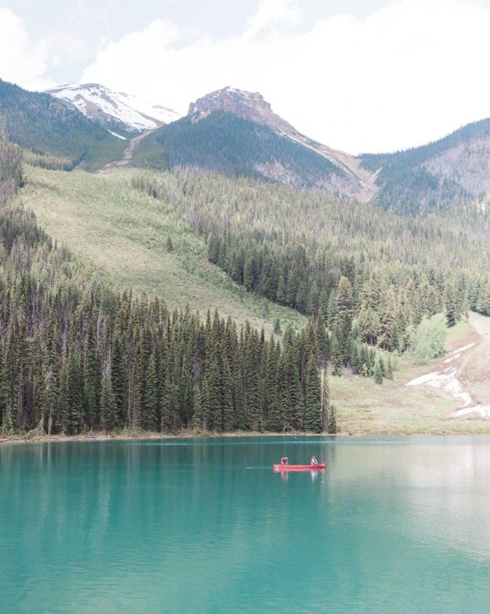 28 Emerald Lake Canadiian Rocky Mountain Styled Shoot