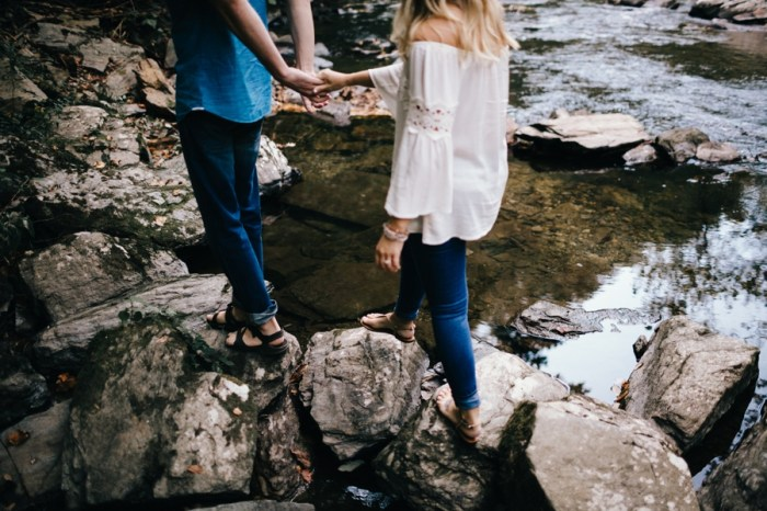 1 Smoky Mountain Engagement Session Erin Morrison Photography Via MountainsideBride.com