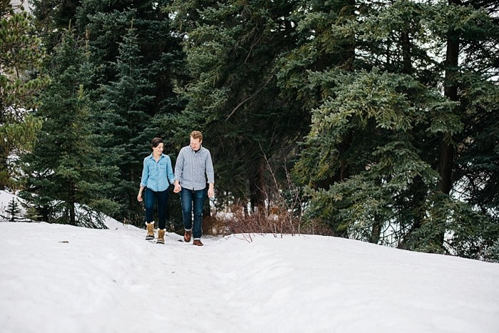 16 Vail Winter Engagement   Searching For The Light   Via MountainsideBride.com