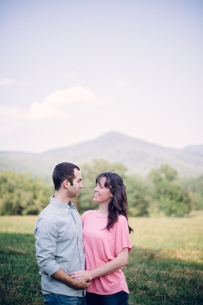 6 Cades Cove Engagement | Red Boat Photogrpahy | Via MountainsideBride