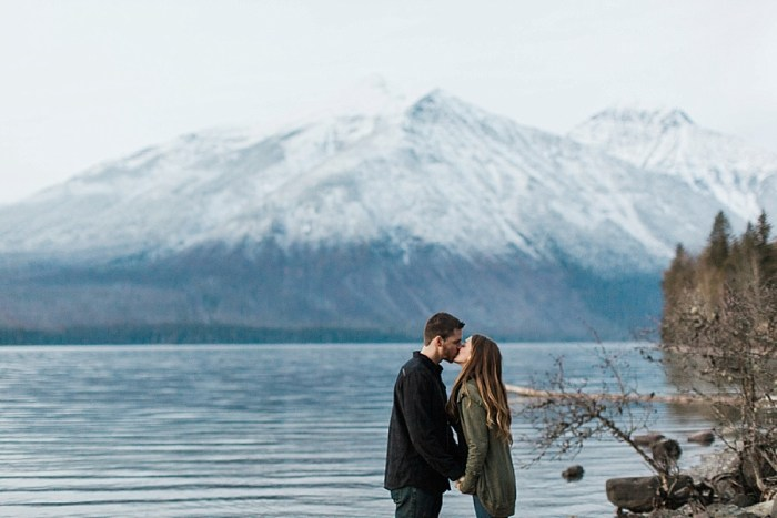 Glaciar National Park Lakeside Engagement in the Fall