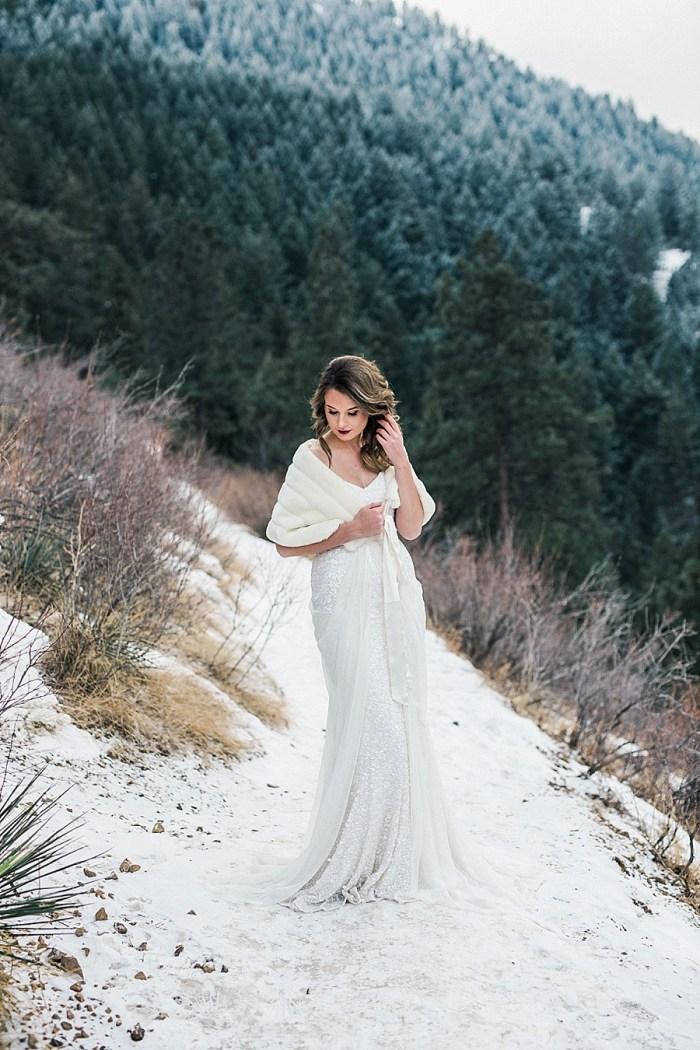 7 LookOut Mountain Colorado Bridal Shoot | Kyle Loves Tori Photography | Via MountainsideBride.com