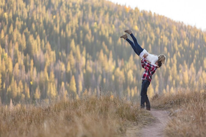 20 Fall Engagement In Vail Colorado Bergreen Photography Via MountainsideBride