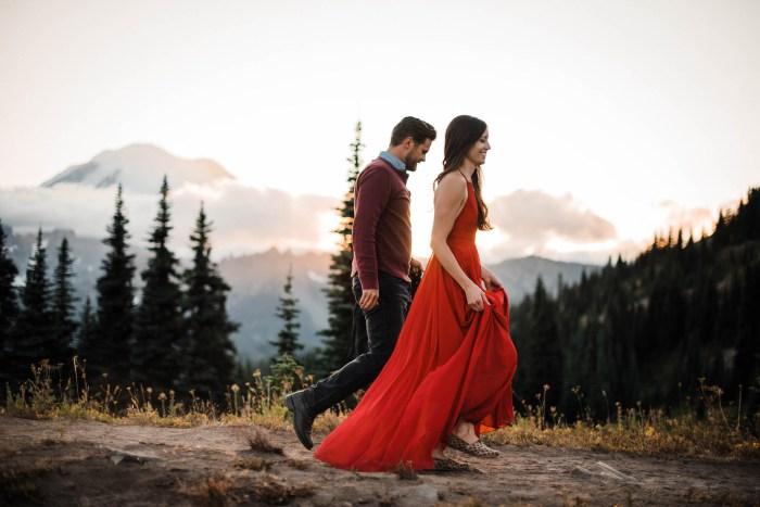 11 Mount Rainier Engagement Washington National Park The Foxes Photography Via MountainsideBride.com