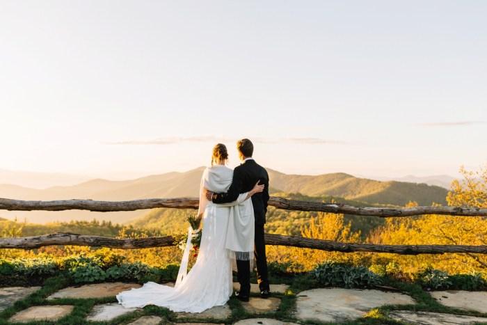23 Highlands NC Estate Wedding Miranda Grey Weddings Via MountainsideBride.com