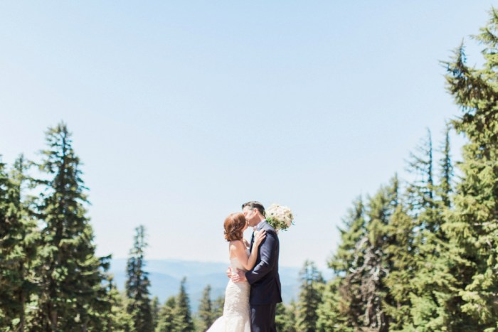 27 Timberline Lodge Oregon Susie And Will Photography Via MountainsideBride.com