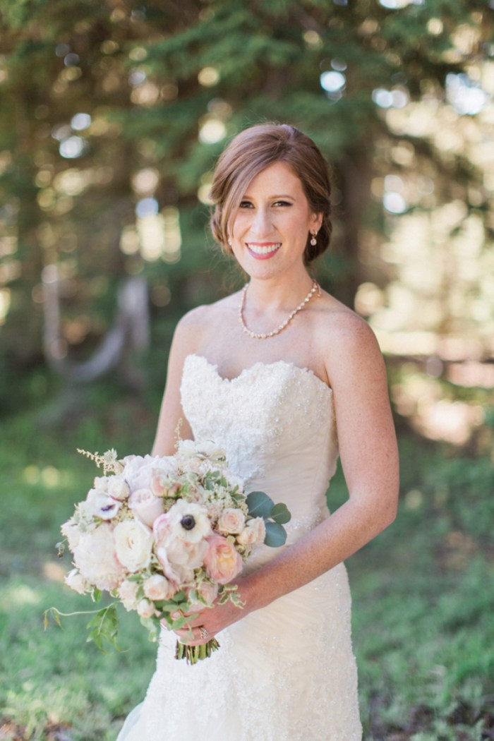 3 Timberline Lodge Oregon Susie And Will Photography Via MountainsideBride.com
