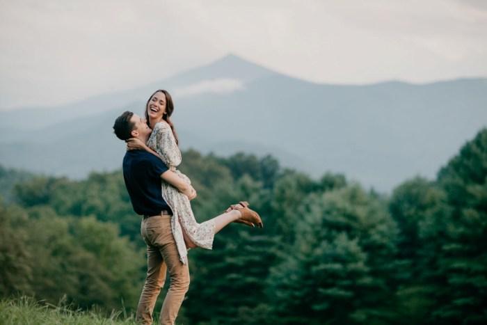 30 Asheville NC Appalachian Engagement DavidDrew Photography Via MountainsideBride.com