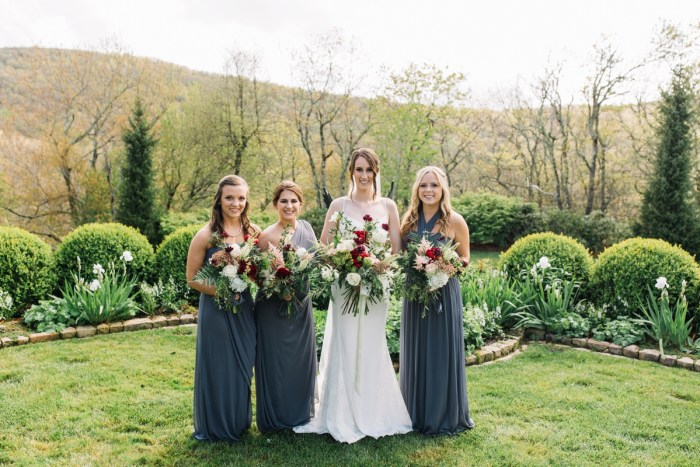 5 Highlands NC Estate Wedding Miranda Grey Weddings Via MountainsideBride.com