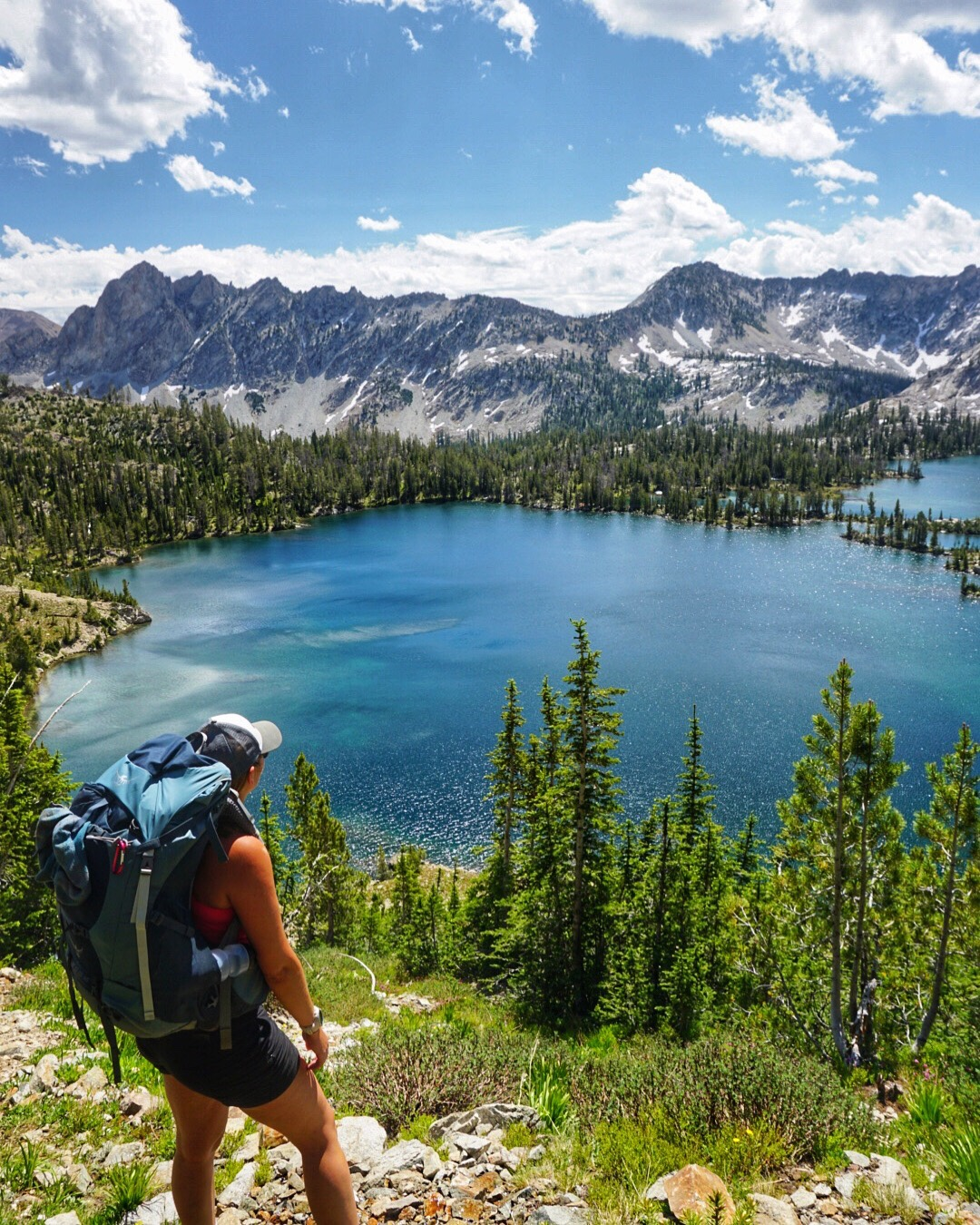 Hiking the Alice Lake loop