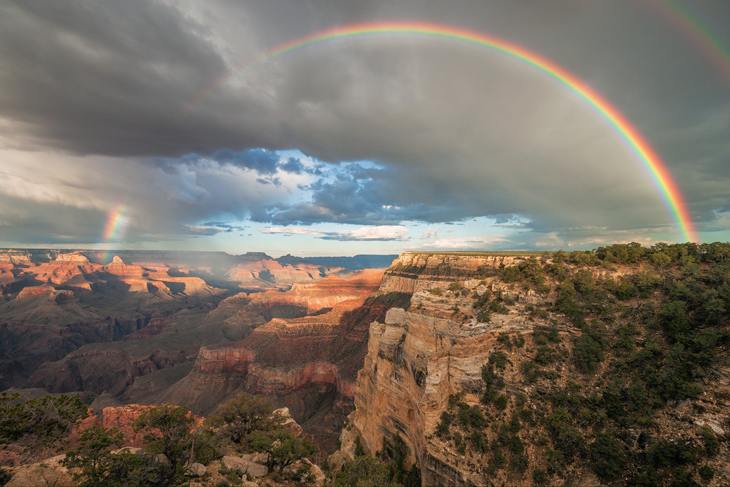 full rainbow grand canyon arizona