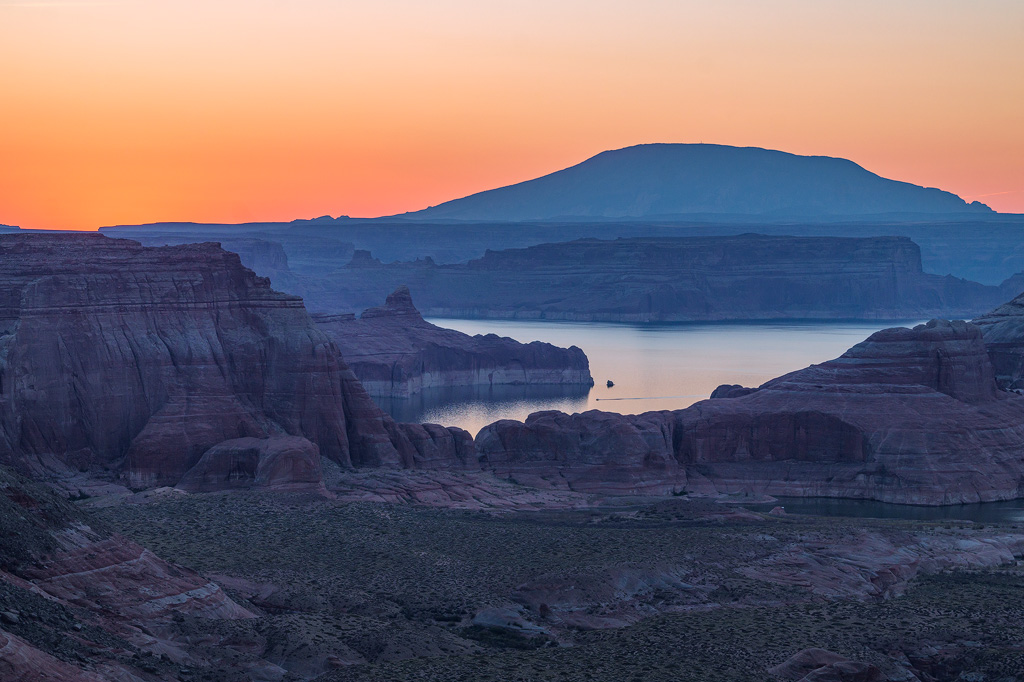 lake powell sunrise navajo mountain