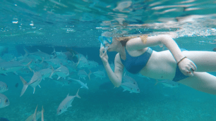 Mandy swimming with the fishes