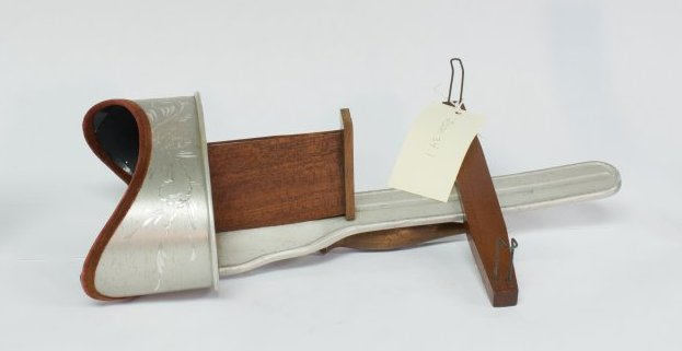 Stereoscope, side view.
