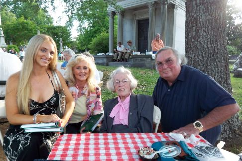 Mount Holly patrons Breezy, Mitzi, and Jennings Osborne pose with Association member Mary Fletcher Worthen at the 2010 Spring Picnic