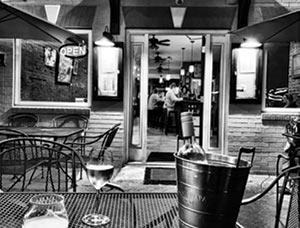 Accent on Wine. Park Circle in North Charleston, South Carolina.