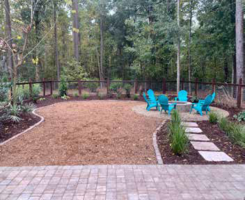 A project landscaped by Simply Green Landscaping; hard-scape by Alberto Santiago, E&A hardscape mason.