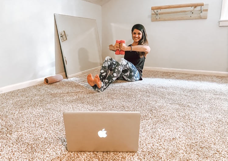 Randi Seckinger, Zoom fitness program (Instagram @homebodybyrandi)