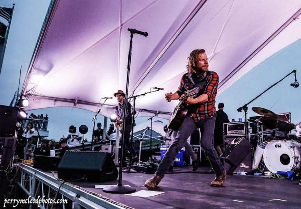 The Windjammer: Bud Light Seltzer Beach Stage May 11th performance by Dierks Bently