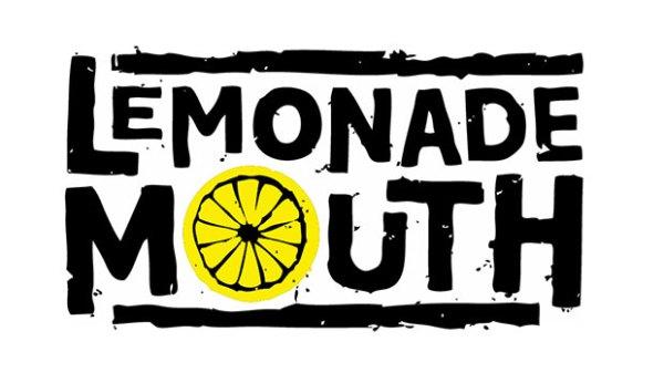"""""""Lemonade Mouth"""" flash mob vs. Apple Store"""