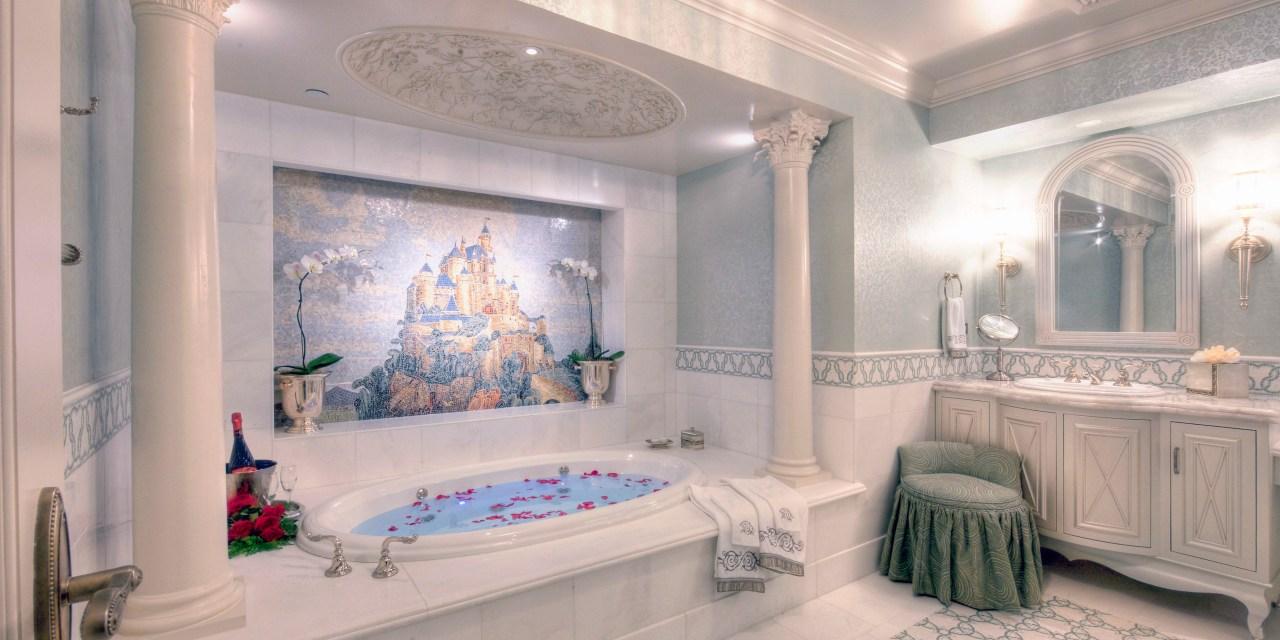 DETAILS: Inside the Disneyland Hotel Fairy Tale Suite at Disneyland Resort | #MIrewind