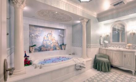 DETAILS: Inside the Disneyland Hotel Fairy Tale Suite at Disneyland Resort   #MIrewind