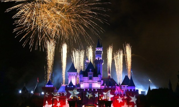 WATCH: Disneyland and Walt Disney World virtual Fourth of July fireworks spectaculars