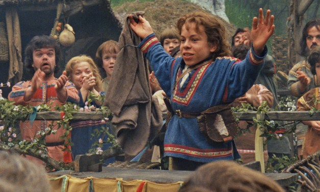 Warwick Davis to return for new WILLOW series coming to #DisneyPlus