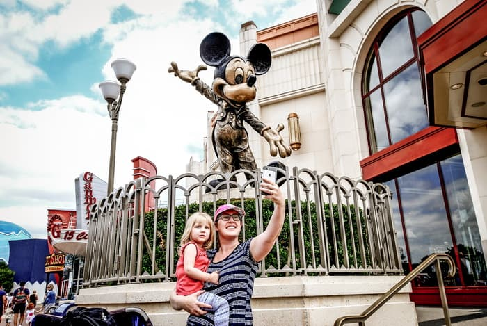 Before heading or planning your trip to Disney, try to avoid making these mistakes that could ruin the trip. Here are 12 Things to Never Do at Disney World. #disneyworld #disneylandparis #disneywithkids #travelwithkids #familytravel