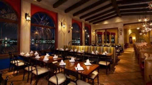 La Hacienda de San Angel Walt Disney World Restaurants with Fireworks Views TheMouseForLess TheMouseForLess 8.7k followers Follow Walt Disney World (Magic Kingdom and Epcot) Restaurants with Fireworks Views of the nighttime shows while sitting inside the restaurant.