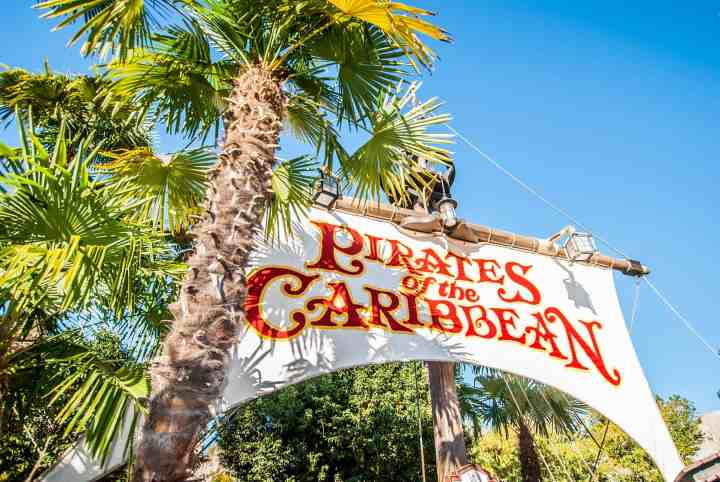 Best Disneyland Paris Attractions & Ride Guide