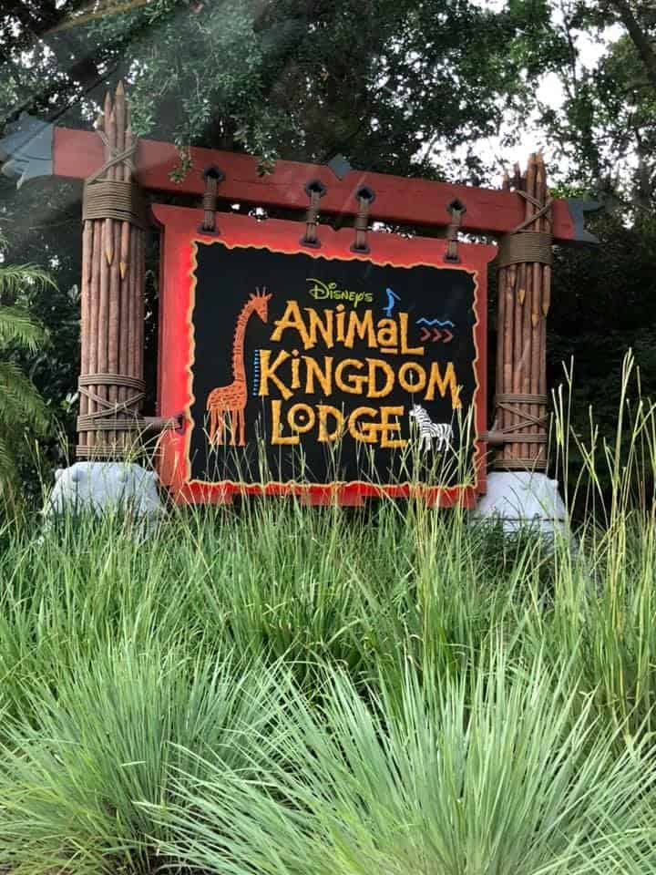 animal kingdom lodge Disney World With Kids - Top 6 Disney Resort Hotels for Families with Young Children! Staying at a Walt Disney World Resort is more than just a place to sleep. It's a destination in and of itself. That means it has a HUGE impact on a family's vacation experience. But how do you know which resort is the best for your family? Let us help you! Check out our reviews and recommendations so you can make the best decision for your family! | #DisneyTravelTips #TravelTips #FamilyTravelTips