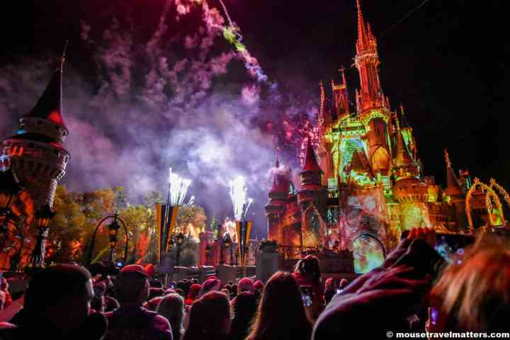 Begin planning your visit to Walt Disney World theme parks and water parks with our helpful ticket selection guide.