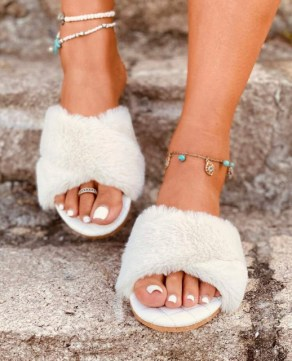 pantuflas de peluche walmart sandalia pantufla peluche pantuflas de peluche mayoreo pantuflas de peluche por mayor zapatos con peluche gucci pantuflas por mayor en guatemala pantuflas mercado libre colombia
