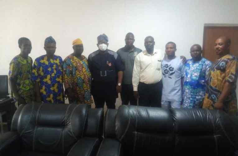 BREAKING: Another mulikat allies pledge loyalty for Ogunwuyi PHOTOS)