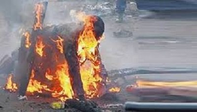 Man sets ex-lover, two kids ablaze
