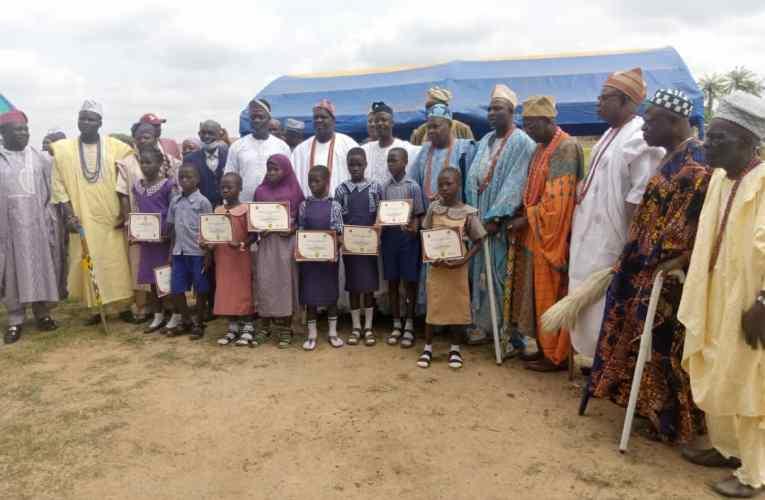 PHOTOS: Barr. Olasunkanmi Olaleye sponsors Quiz competition in Ogbomoso