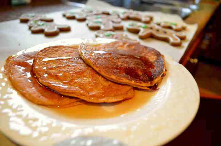 Low-Carb Gingerbread Protein Pancakes(Top Pick!)