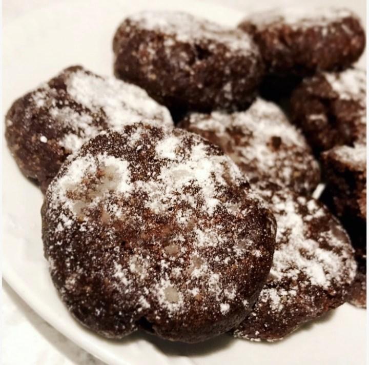 Keto Chocolate Mint Snowball Cookies