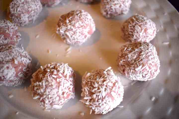 keto raspberry coconut balls