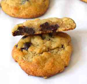 keto chewy chocolate chip cookies recipe