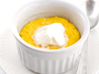 easy keto lemon mug cake