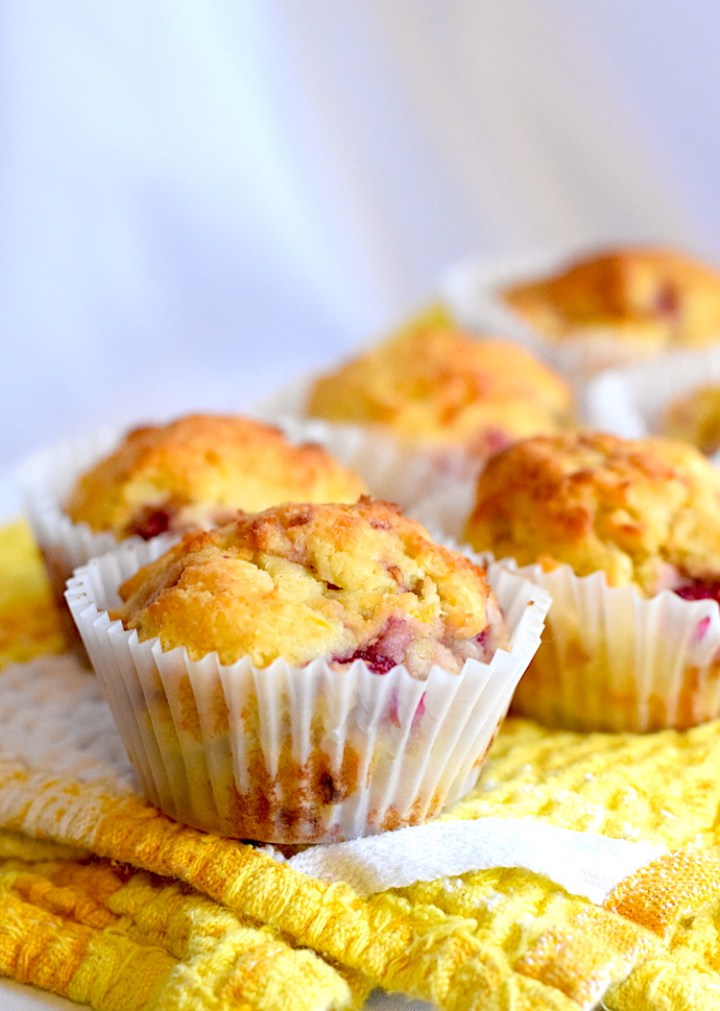 keto lemon raspberry muffins recipe