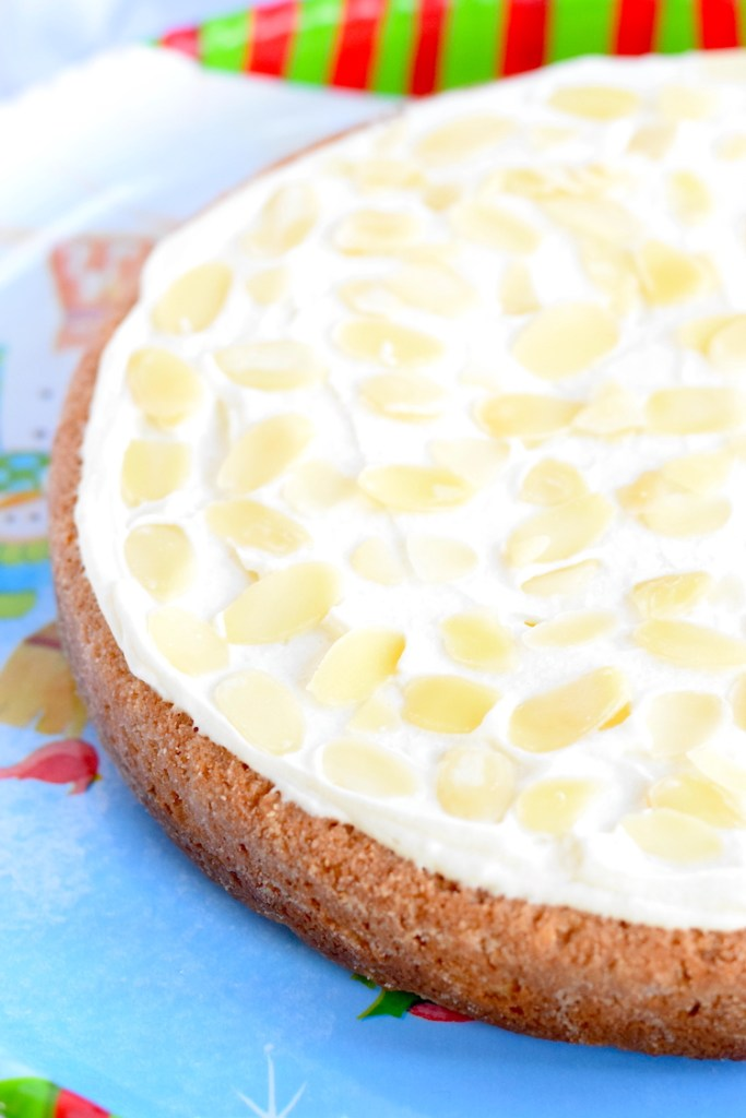keto almond flour cake