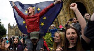 Pro européens manifestant