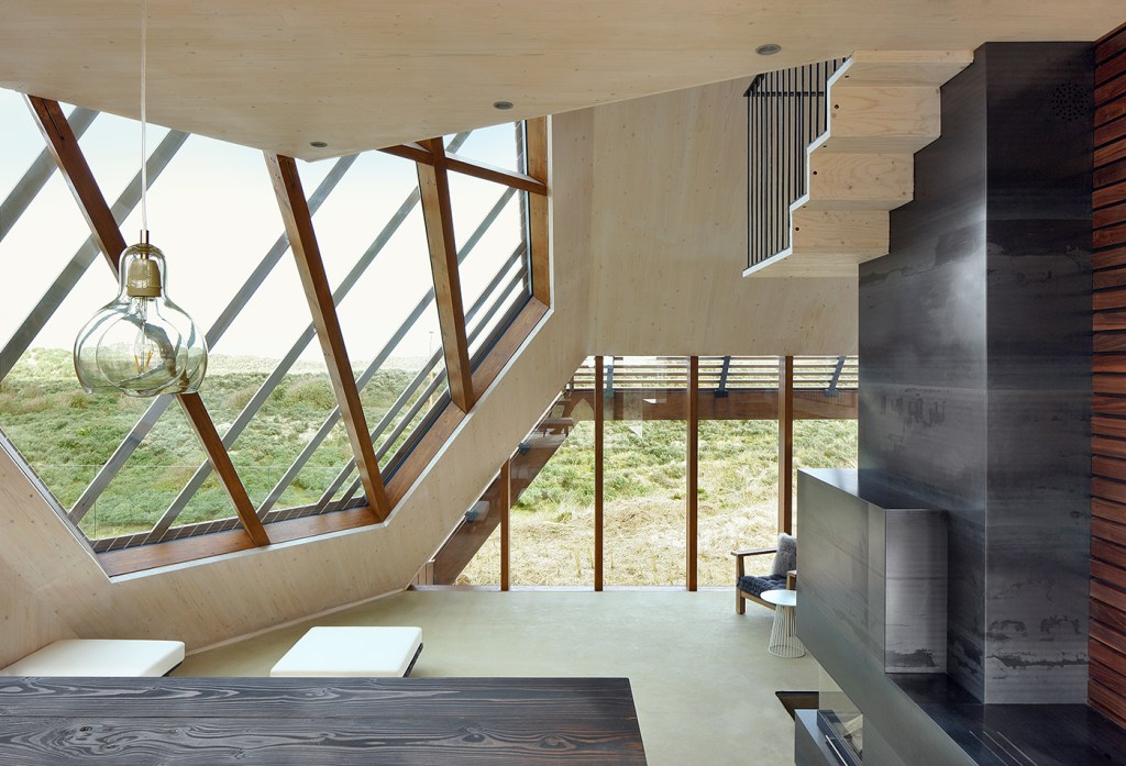 MarcKoehlerArchitects-DuneHouse-mouvement-planant-07