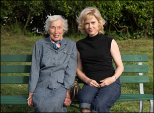 "Margaret Keane and Amy Adams on the set of ""Big Eyes"""