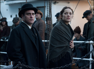 "Joaquin Phoenix and Marion Cottilard in ""The Immigrant"""