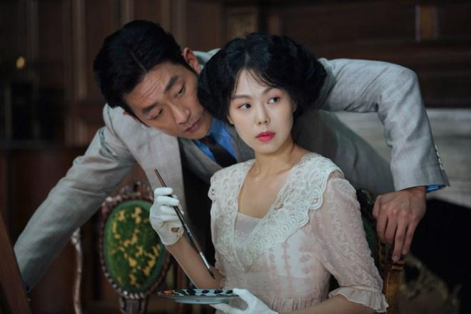 """Ha Jung-woo and Kim Min-hee in """"The Handmaiden"""""""
